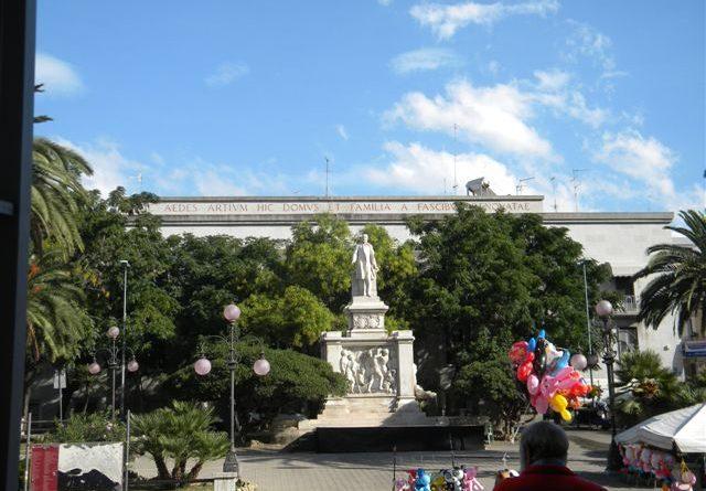 Come dimenticare la storia di Piazza De Nava?